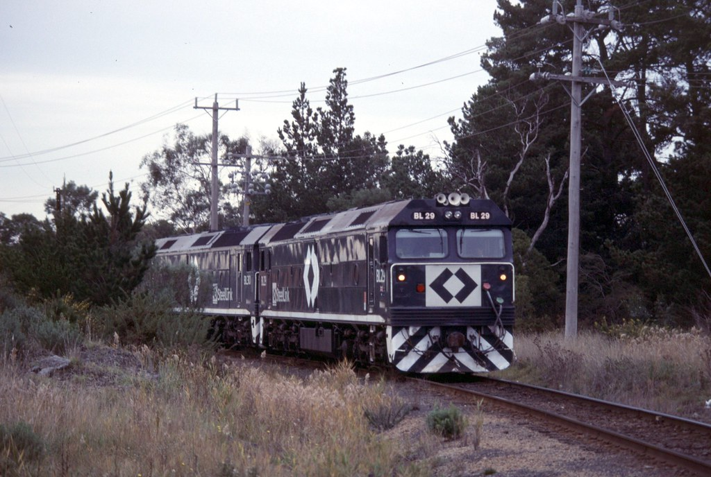 BL29, BL30 at Long Island Junction by Alan Greenhill