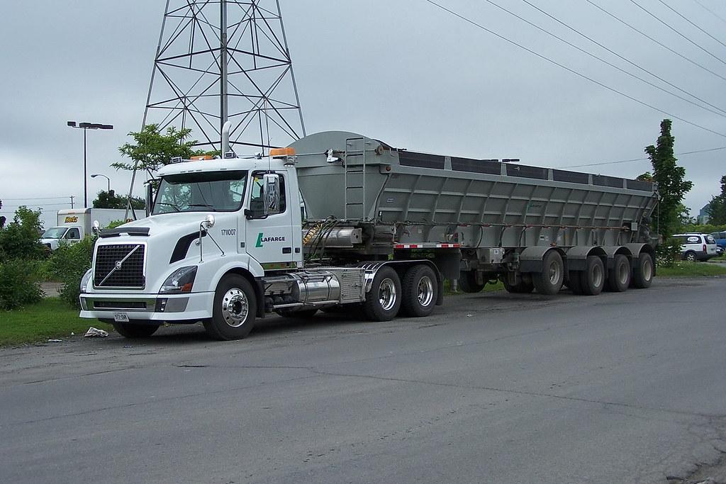 Volvo Trucks Canada >> Lafarge Canada 1711007 Volvo Truck And 172007 A Raglan Eje Flickr