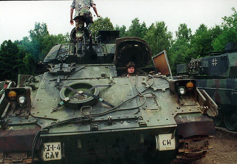 M3A2 Bradley (6)