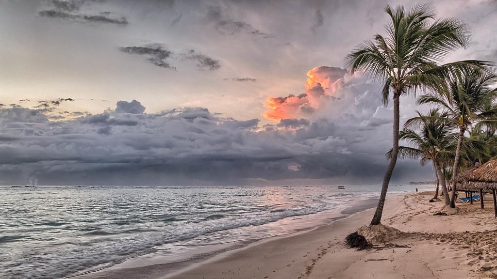 Bavaro Sunrise, Dominican Republic | Sunrise on the beach at… | Flickr