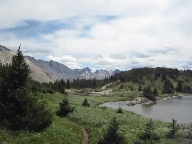 1404 Video panorama of Baker Lake on the Skoki Lakes Trail