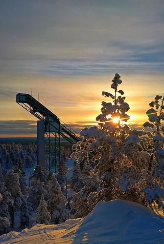 ruka skiing landscape sunset winter finland lappland lappi downhilljumping snow forest tree sun downhillskiing holiday photo suomi rukatunturi tunturi mountain iphone