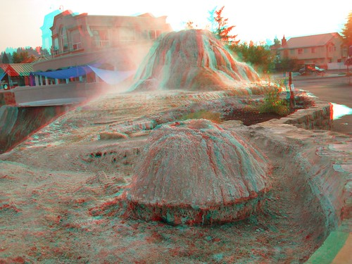 morning usa water fountain sunrise canon 3d colorado rocks unitedstates picture anaglyph steam springs co col redblue pagosasprings 3dimensional 3dimages anaglyph3d springsresort pagosaspringssunrise sulfurformation pagoas
