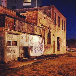 My favorite crumbling building, my favorite time of day.