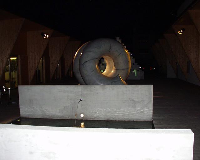 2002Valori e Memorie, La Fabbrica, California più Svizzera, Losono, Svizzera