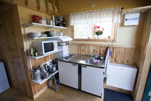 25 m2 kotedža no iekšpuses: virtuve, Östveda