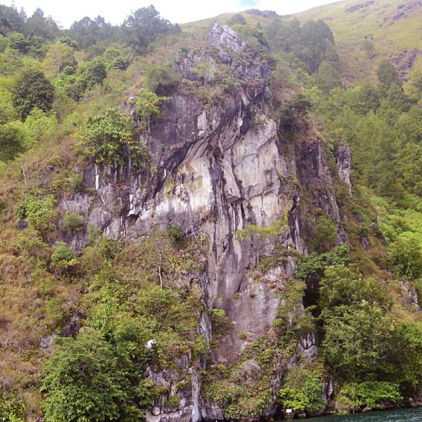 Wisata Selecta Batu Malang: Wisata Batu Gantung Danau Toba