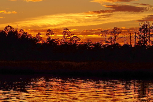 spectacularsunsetsandsunrises sunset cloudsstormssunsetssunrises orange creek northwestcreek cravencounty fairfieldharbour northcarolina sony sonya58 dusk water sky landscape