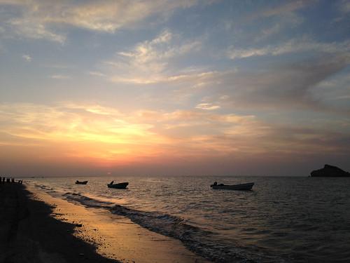 travel sunset sea cloud beach twilight middleeast oman iphone sawadi albatinah iphonography suwadialbatha