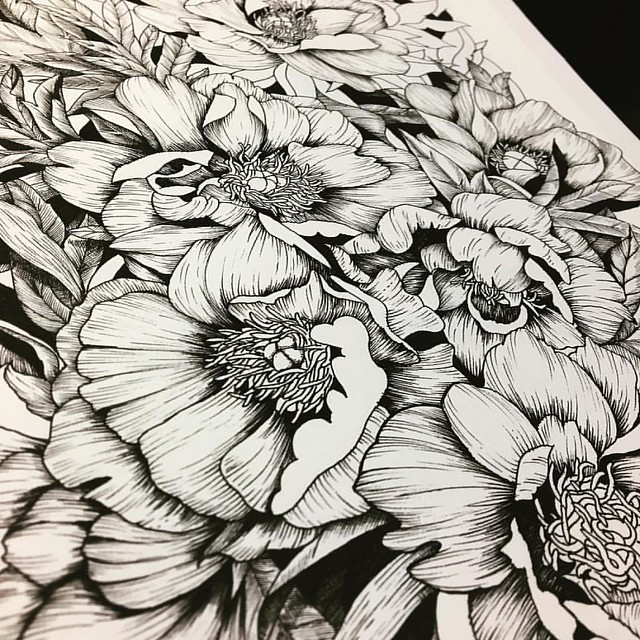#wip but getting closer to the end :)  もう少しで描き込みが終わる。この後は加工して色塗って飽きたら次の絵を描きます。  #ドローイング #イラスト #花 #絵描き #線画 #絵描き人 #アーティスト #絵 #ink #draw #illustrate #inkfeature #inkdrawing #inkart #drawingaday #artist #black #DoodleArtEnthusiasts #DoodleArts #lesstalkmoreil