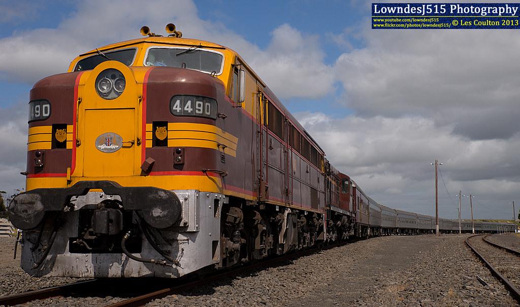 4490 & 4520 at Gheringhap by LowndesJ515