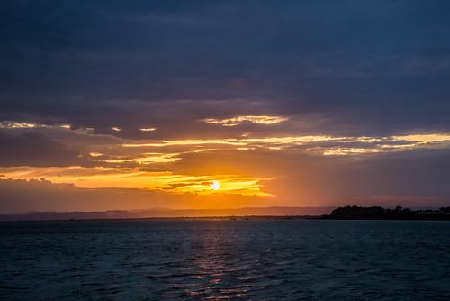 sunset sea sunshine day cloudy bribie sunsetsandsunrisesgold cloudsstormssunsetssunrises