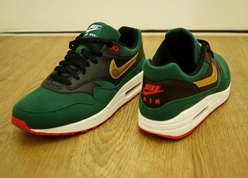 sports shoes 85567 63752 Gucci✅🔴⚫️ X Lucky Cat 🐈Air Max 1 ID - 1st @Nike ID ...