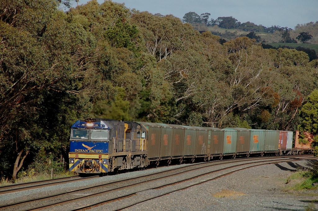 NR25 9304 7MS4 Heathcote Jn VIC by G train 79
