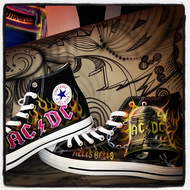 b5d7877ffd23 Ac dc chucks  chucks  acdc  rock  style  converse  allstars  sneaker  shoes   art  painted  shoes  black  flames  hellsbells  daccrew  fashion  mode   custom ...
