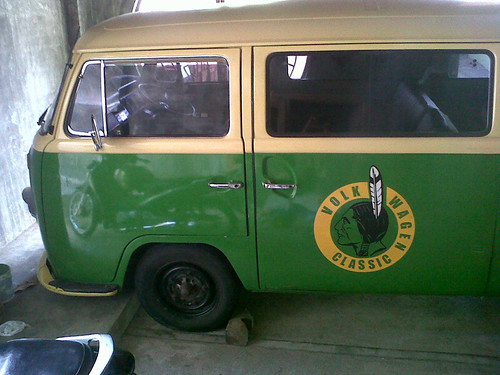 VW combi jerman tahun '69 • No.Pol AG • Berminat Hub 0813 3673 3547 -- 0812 345 4240   by rearbox