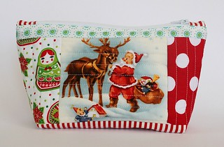 quilted pouch santa