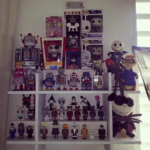 Time to stop collecting for now. #Funko #Medicom #Kubrick #Bearbrick #Dunny #Kidrobot #POPOBE #Vinylmation #TinRobot #TakashiMurakami #ayakakeda #PatricioOliver #SamFlores #AndrewBell #Dalek #NathanJurevicius #RyanBubnis #KathieOlivas #MoriChack #Disney | by Reavel