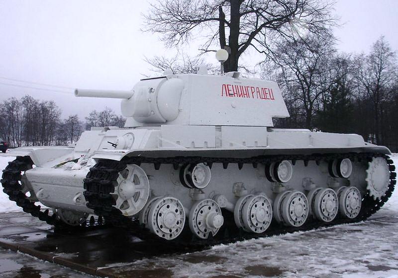 KV-1 Kirovsk (4)