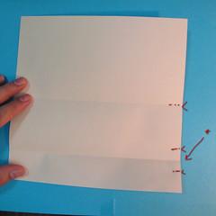 วิธีพับกระดาษเป็นผีเสื้อหางแฉก 007