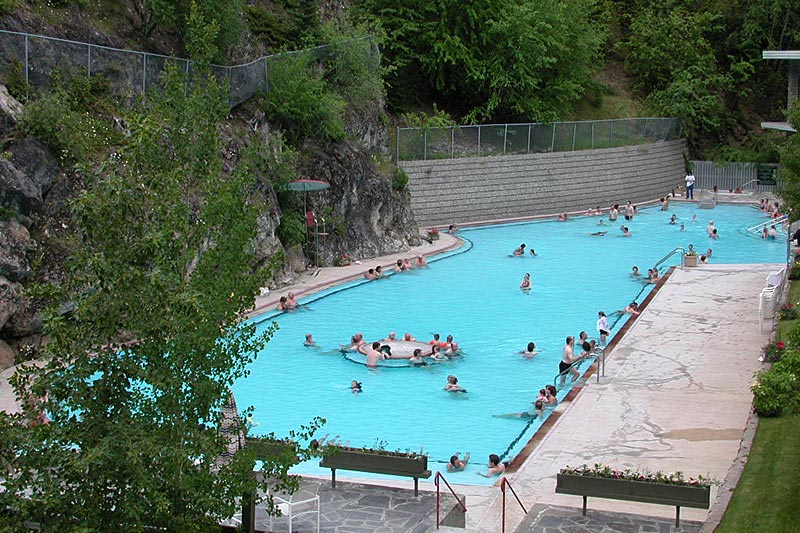 Radium Hot Springs Pool, Radium Hot Springs, Columbia River Valley, BC Rockies, British Columbia, Canada