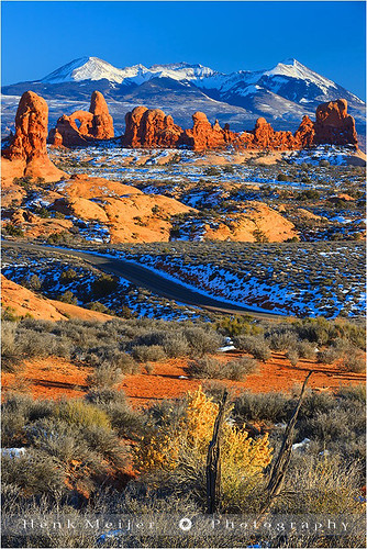 park winter sunset usa mountain mountains canon landscape photography utah mood arch open unitedstates wide peaceful tranquility arches national moab serene np lasal floydian canoneos1dsmarkiii henkmeijer