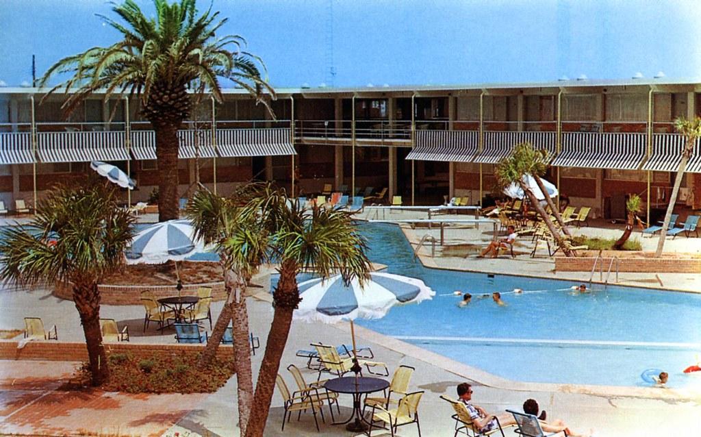 Buena Vista Beach Motel And Hotel Biloxi Ms William Bird Flickr