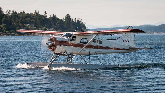 C-GACK - Corilair Charters - DHC-2 Beaver
