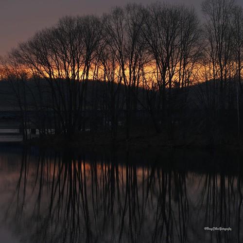 water canon 5dmiii newyearsdaysunrisecanonef100mmf28lmacroisusm winterlibertyreservoir