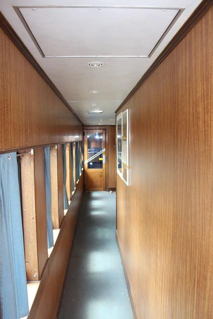 RDH 2220 Interior
