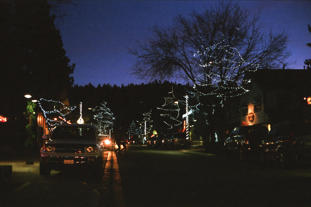 Big Bear Village Christmas.Christmas In Big Bear Village Canon Ae1 P Fuji Film Iso