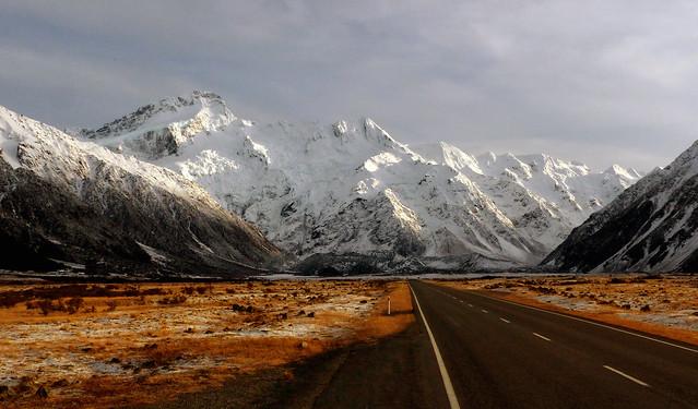Mount Sefton. Mt Cook NP. NZ