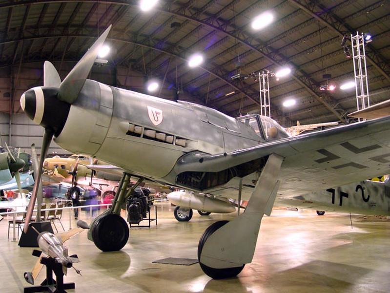 Focke-Wulf Fw 190D-9 (1)