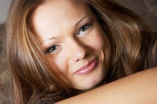 amused glance | by www.homejobsbymom.com