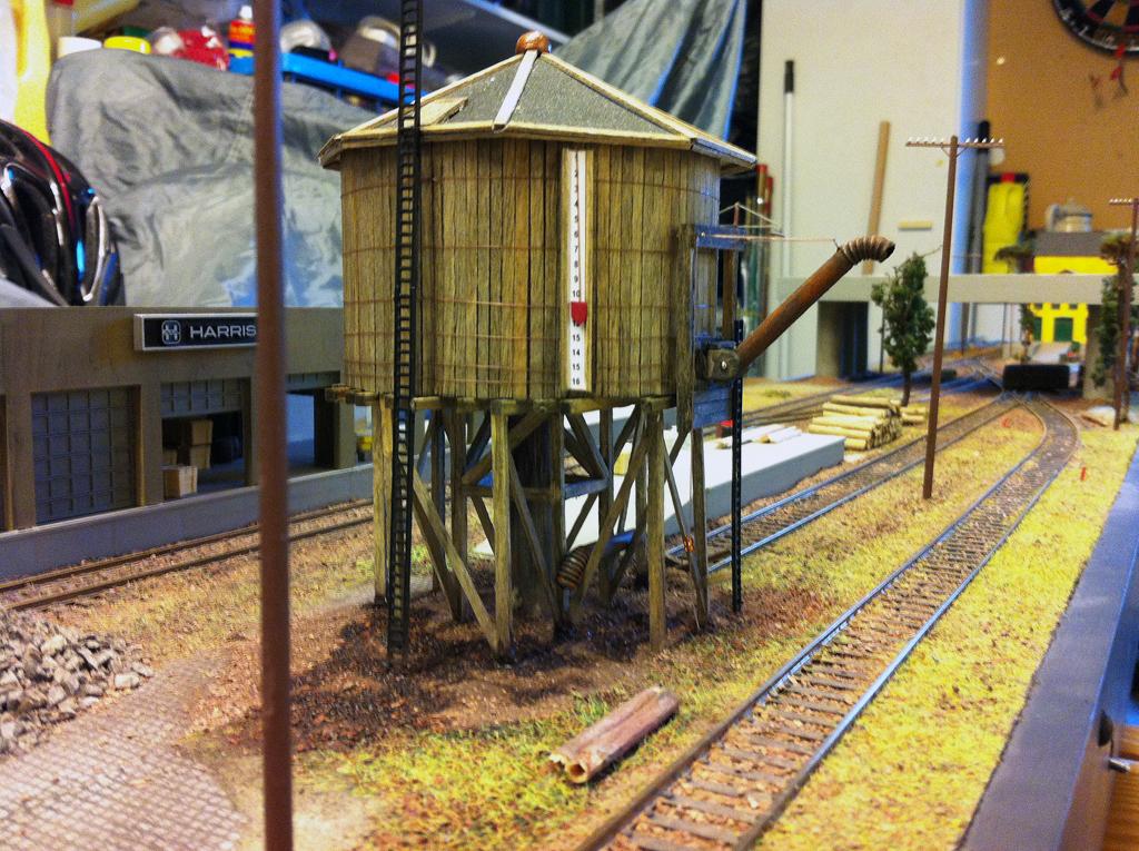 Spiderfield watertower