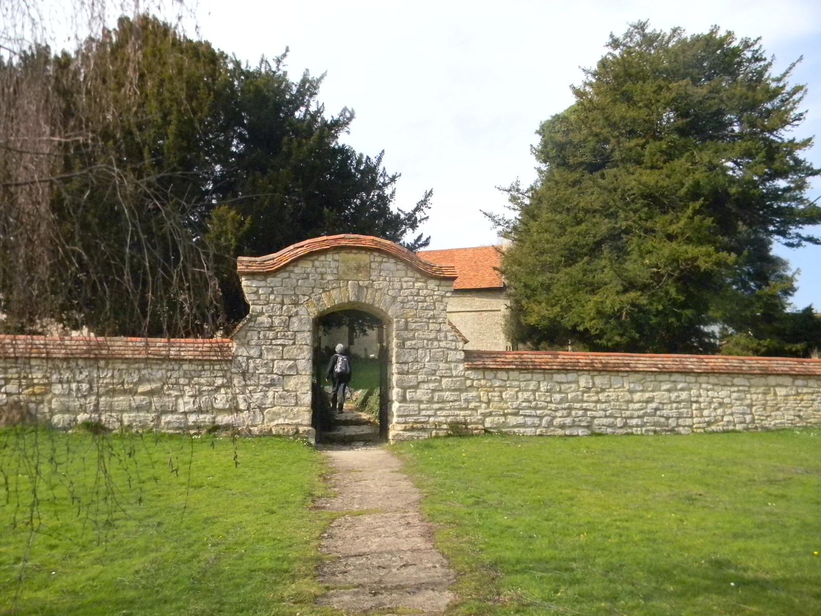 Dinton churchyard Haddenham to Aylesbury