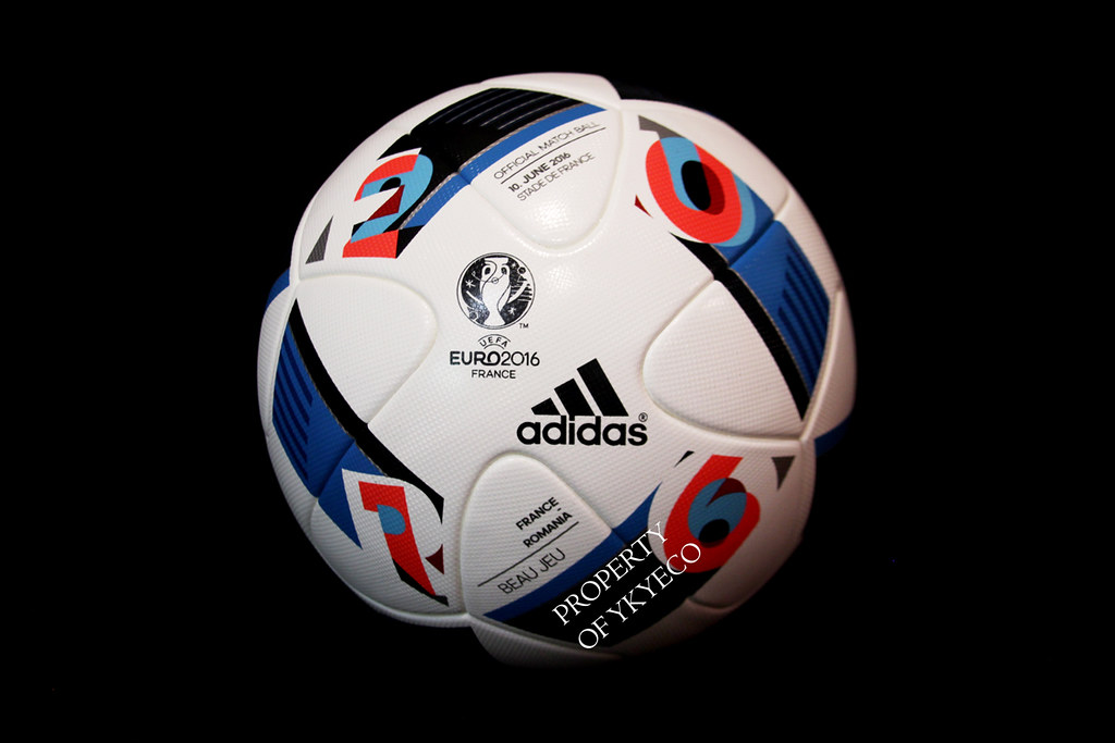 BEAU JEU UEFA EURO FRANCE 2016 ADIDAS OFFICIAL MATCH BALL, FRANCE VS ROMANIA 01