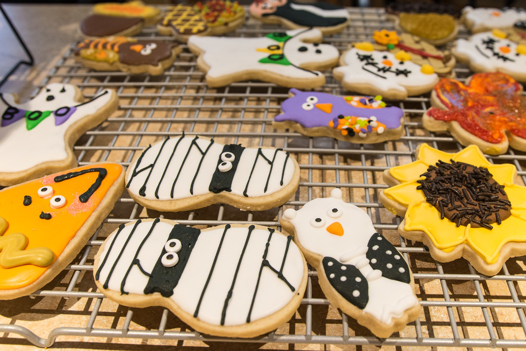 A Variety Of Decorated Halloween Sugar Cookies | M01229 | Flickr