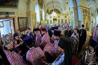 Литургия в Покровском соборе 112