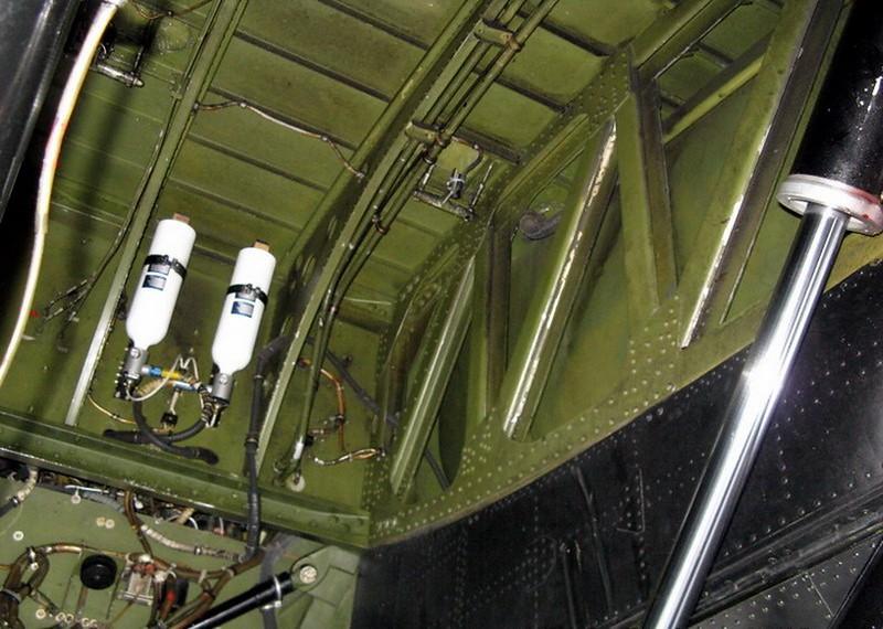 Avro Lancaster B (6)