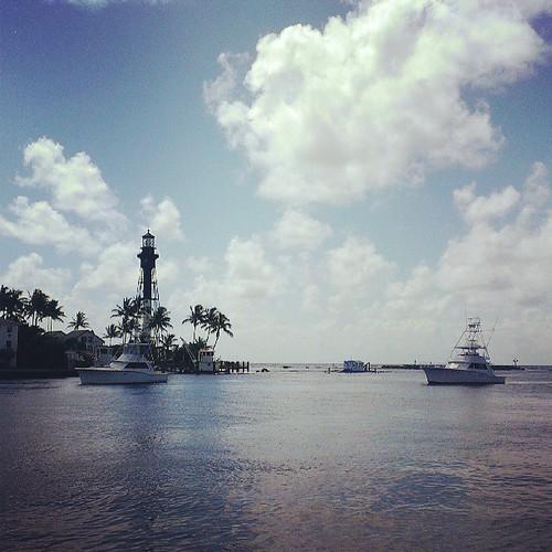 Dawn Patrol #pompanobeach #Florida #instagram_florida #instayacht #instaflorida #ftlauderdale #istabilizer | by Daniel Piraino