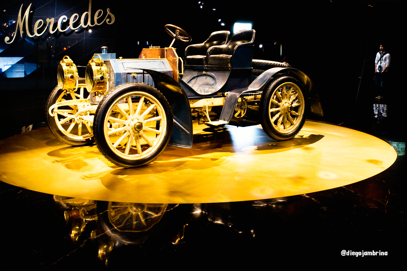 Mercedes-Benz, una historia de creatividad sobre ruedas