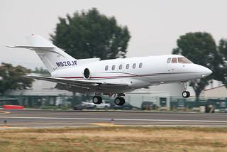 Hawker 800 arrives at Van Nuys