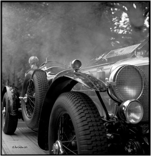 Start your engine Sir!_Rolleiflex 2.8E