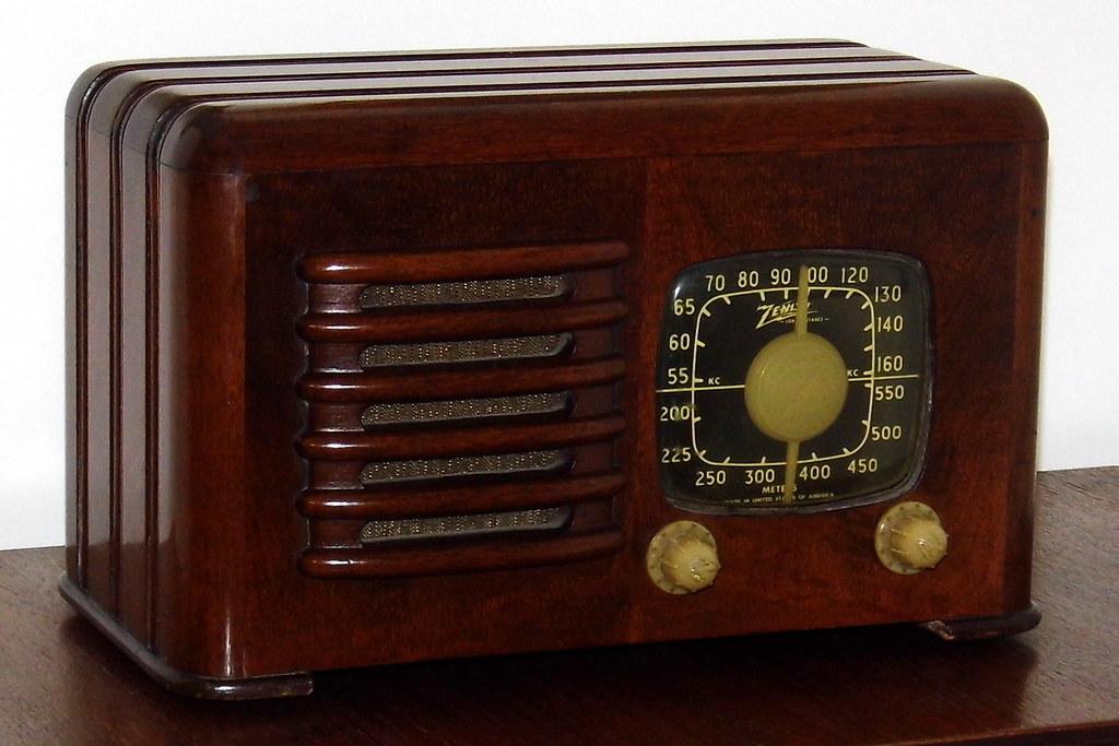Year models zenith radio by Radio Attic's