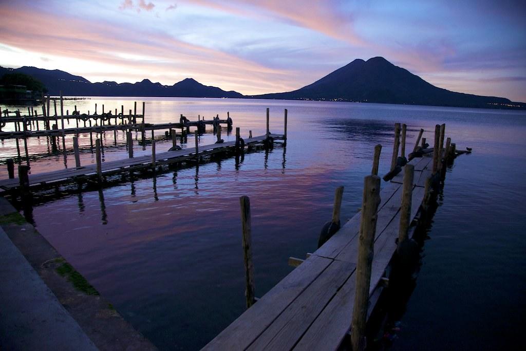 Muelles de Panajachel | Panajachel es un municipio y ciudad … | Flickr