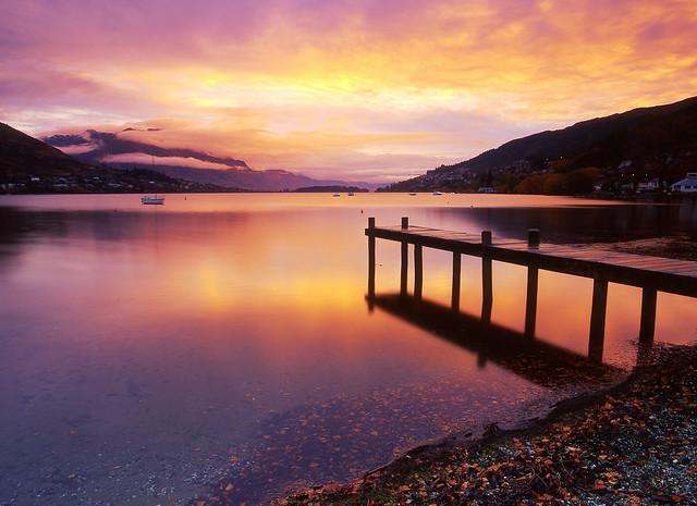 The Light Breaks Through, Lake Wakatipu