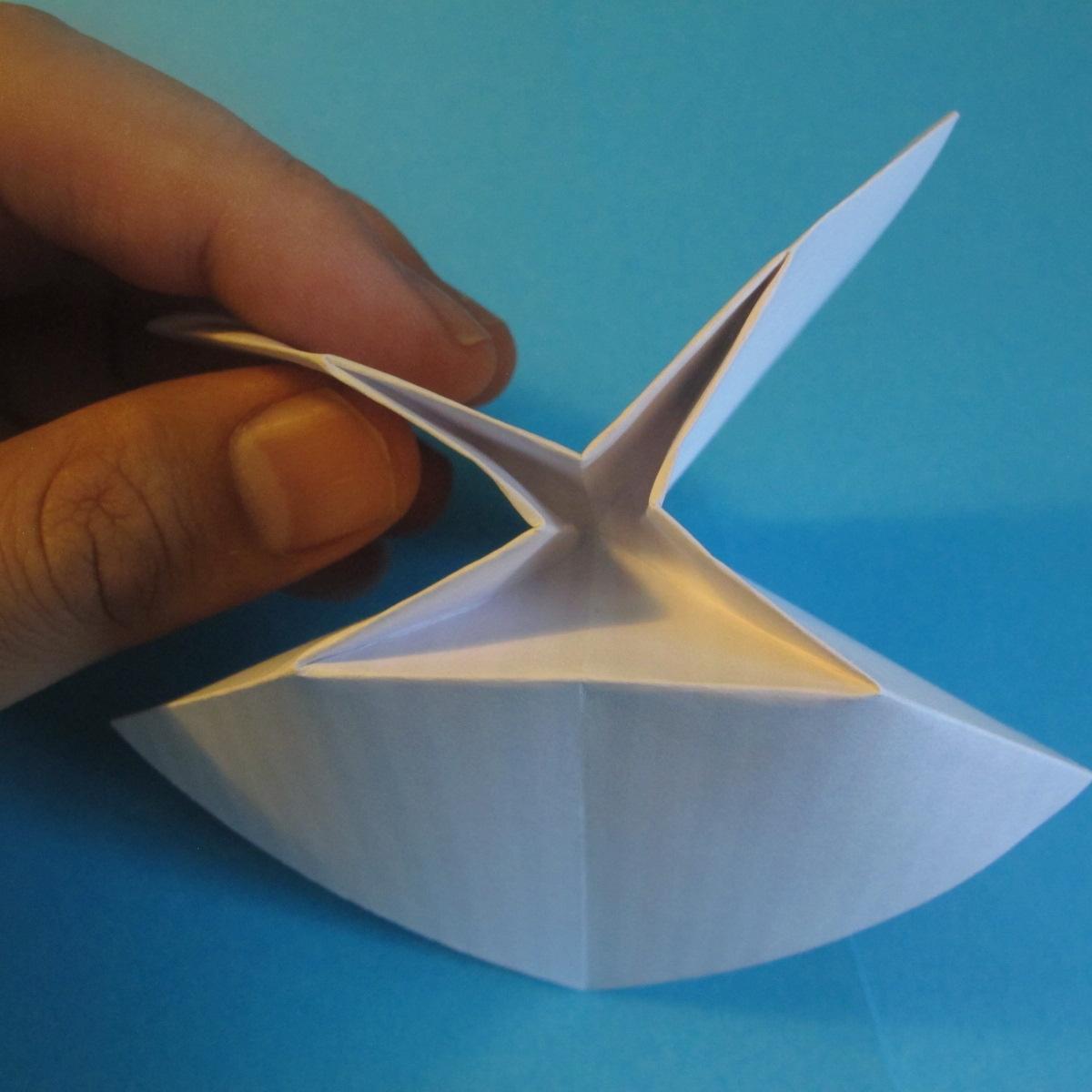 วิธีการพับกระดาษเป็นโบว์หูกระต่าย 009