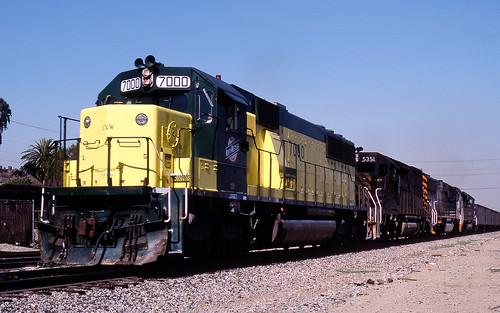 california ontario up train trains unionpacific coal emd sd40t2 cnw drgw sd50 lasl