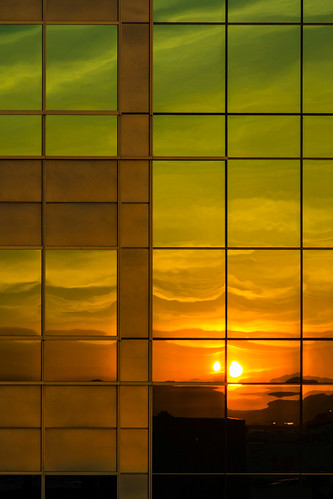 windows usa reflection glass sunrise lasvegas nevada navada canoneos60d ef2470mmf28usmii